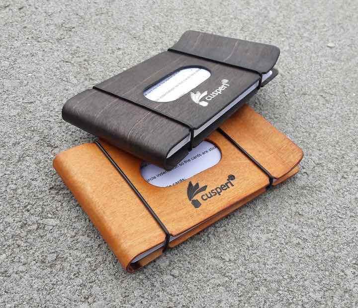 zwei slim wallets susperi