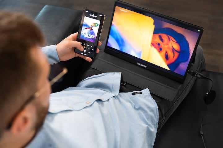mobiles display mit 4k