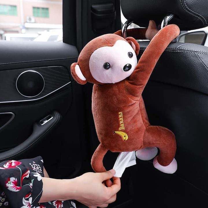 Taschentuchspender Plueschaffe im Auto