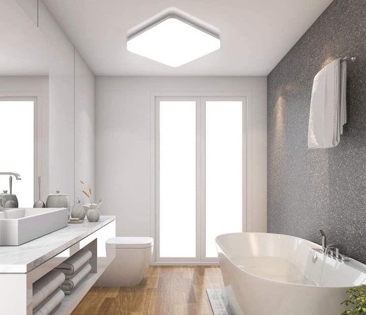 Oeegoo Wifi Deckenleuchte im Badezimmer installiert