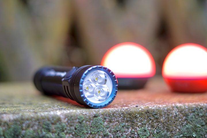 Drei LEDs einer Taschenlampe