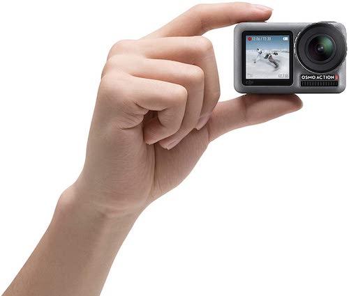 Hand haelt DJI Osmo Action Cam