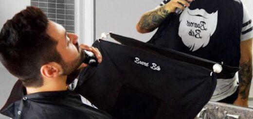 Mann rasiert sich mit angelegtem Beard Bib 520x245