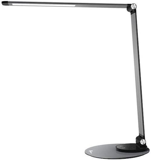 Schreibtischlampe von TaoTronics im Seitenprofil