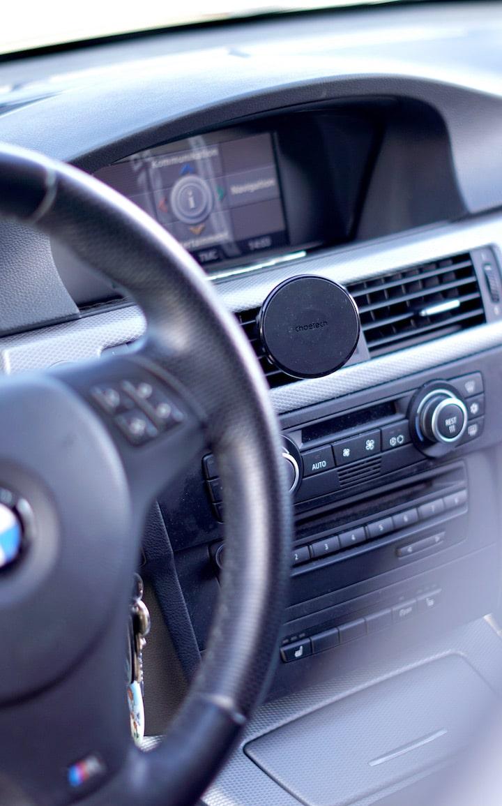 CHOETECH KFZ Halterung in einem BMW