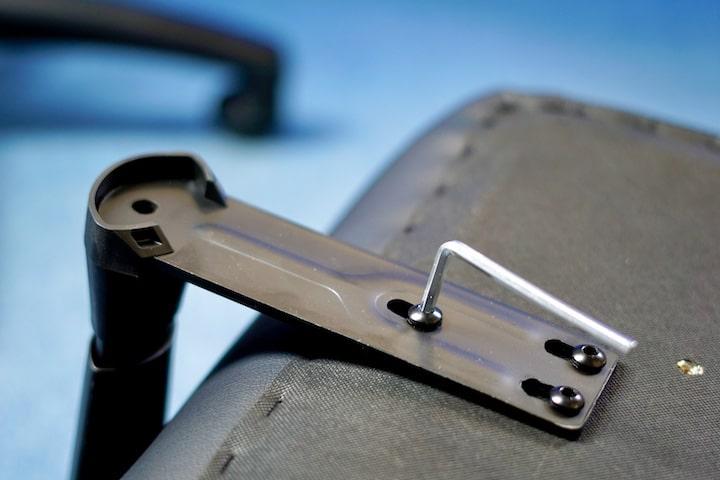 Imbus Schluessel befestigt eine Schraube
