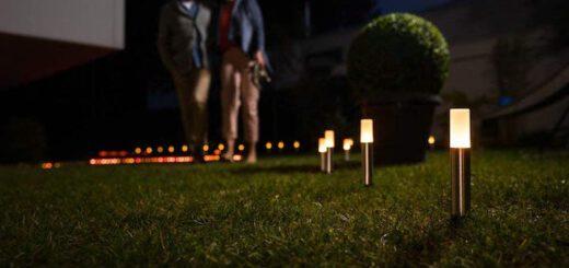 LEDVANCE Smart Lampen im Garten aufgestellt 520x245