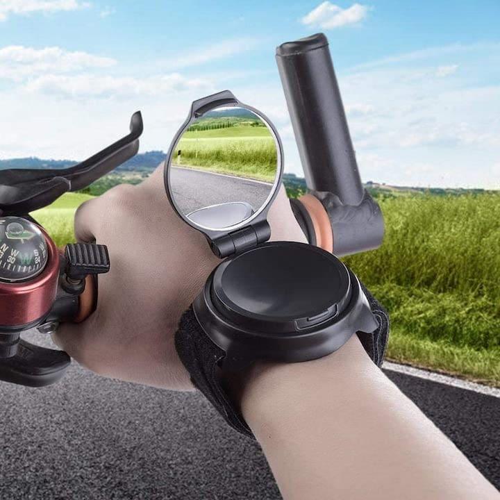 Rueckspiegel fuers Handgelenk bei Fahrradfahrer