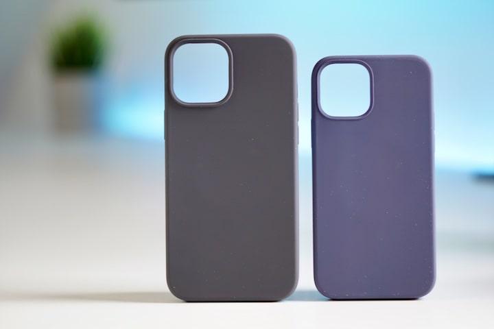 Silikon Cases mit MagSafe in blau und schwarz stehen nebeneinander