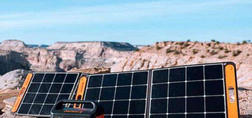 Jackery SolarSaga mit Solargenerator in der Sonne 520x245