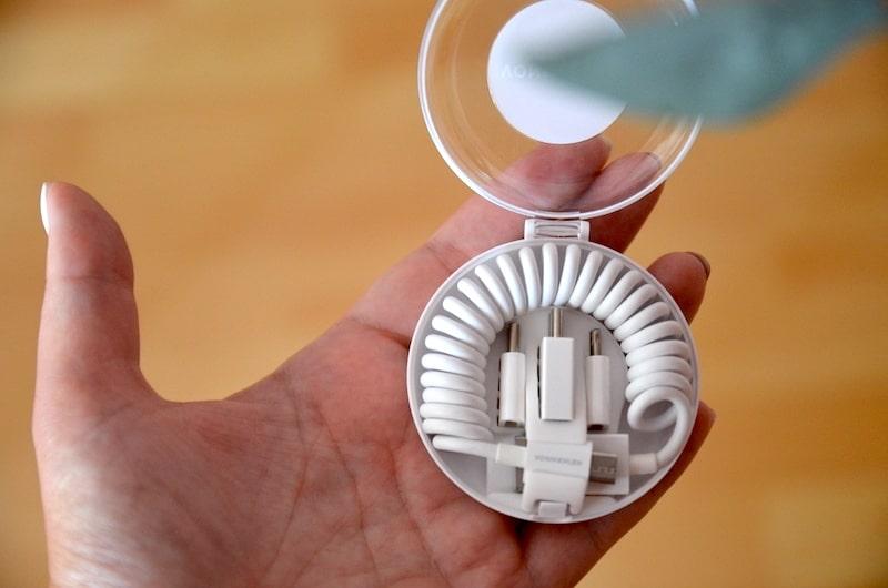 Spiralkabel mit Adaptern in Transportbox