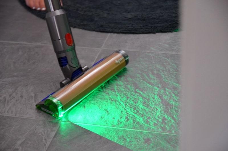 Bodenduese von Akusauger mit Laser