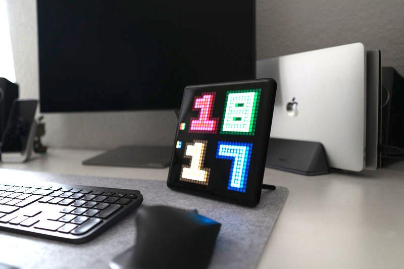 Der Divoom Pixoo Max macht jedes Schreibtischsetup zu einem Highlight