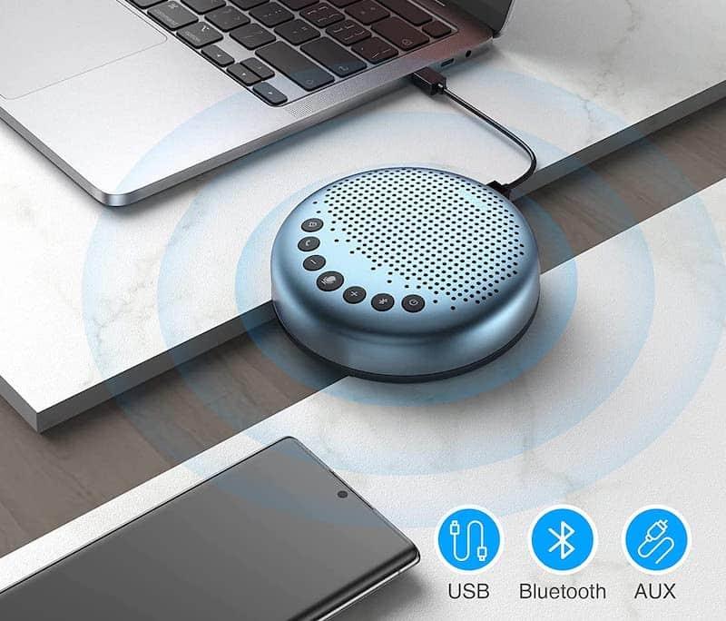 eMeet Luna Lite Konferenzlautsprecher am Laptop