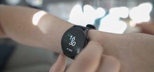 Smartwatch an einem Arm 520x245