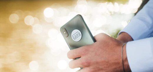 mytaag sticker im einsatz am smartphone 520x245